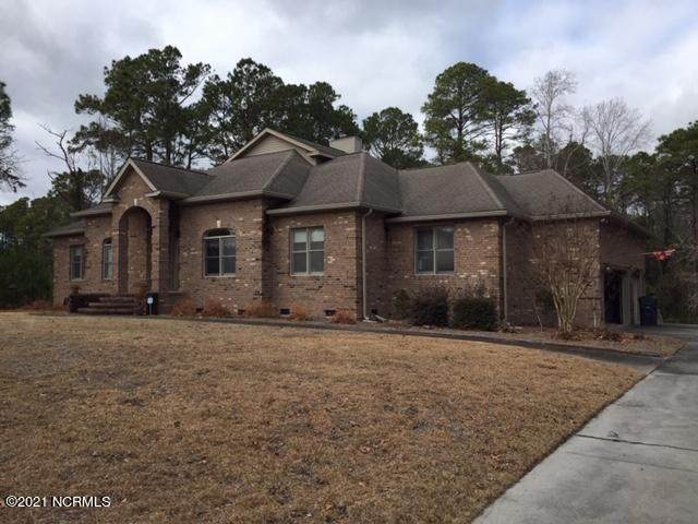 36 Queens Grant Circle SW, Shallotte, NC 28470 (MLS #100256184) :: CENTURY 21 Sweyer & Associates