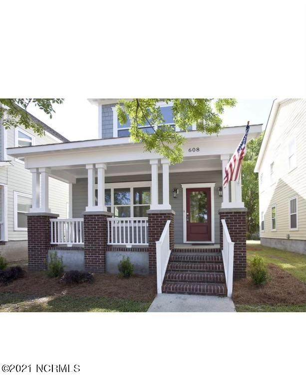 608 Brunswick Street, Wilmington, NC 28401 (MLS #100258232) :: The Tingen Team- Berkshire Hathaway HomeServices Prime Properties