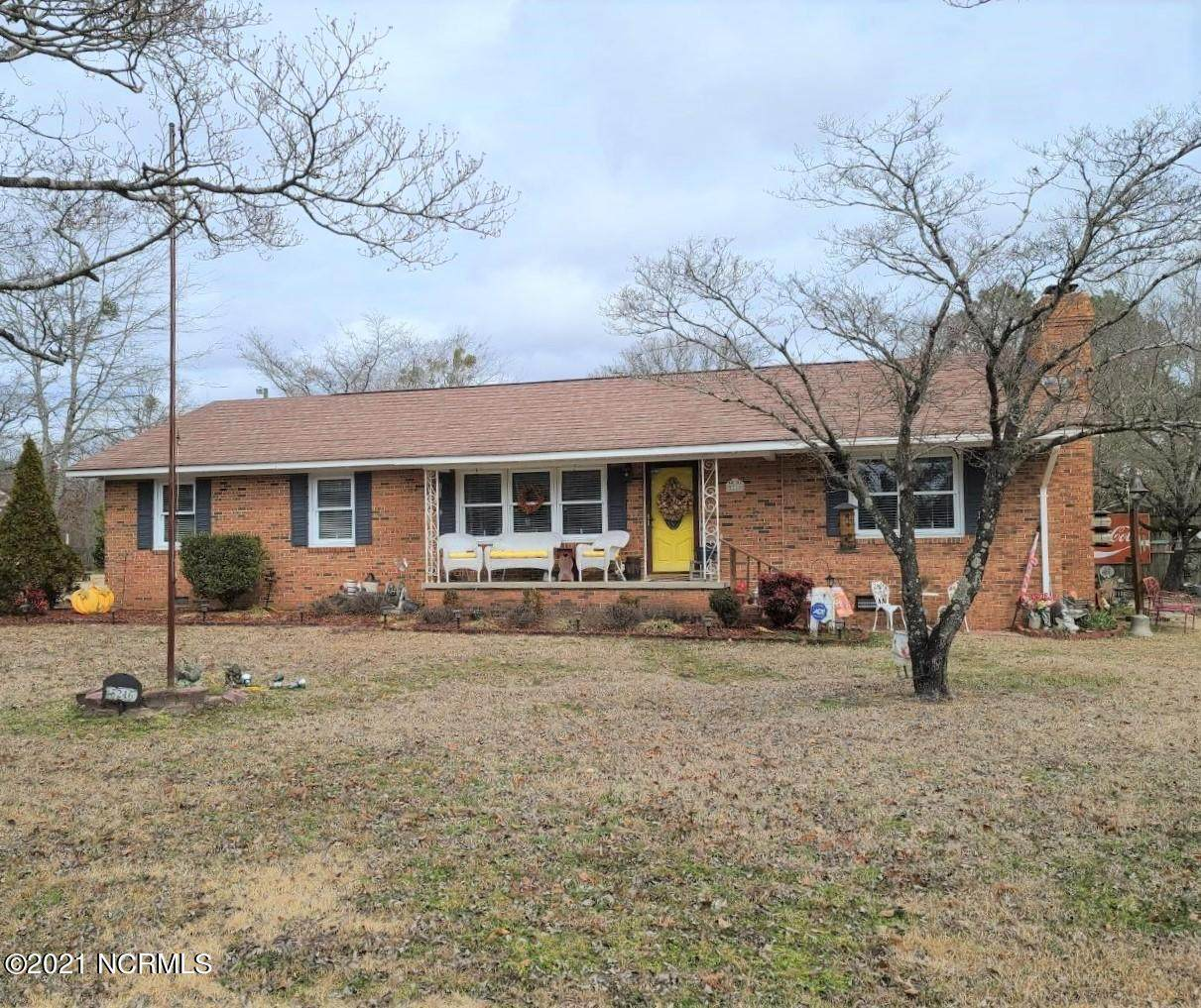 5216 River Road - Photo 1