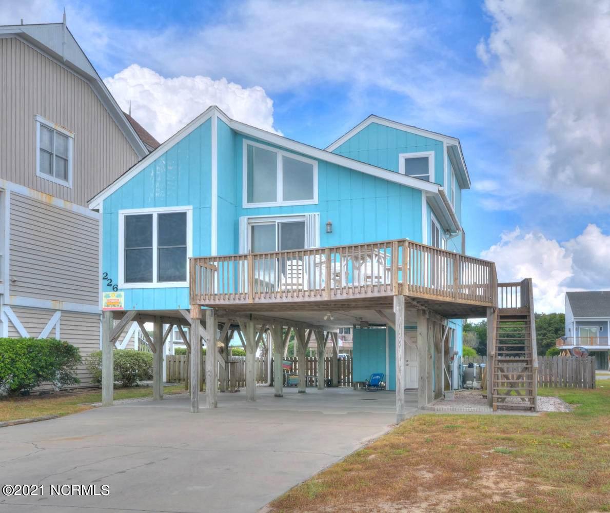 226 Beach Drive - Photo 1