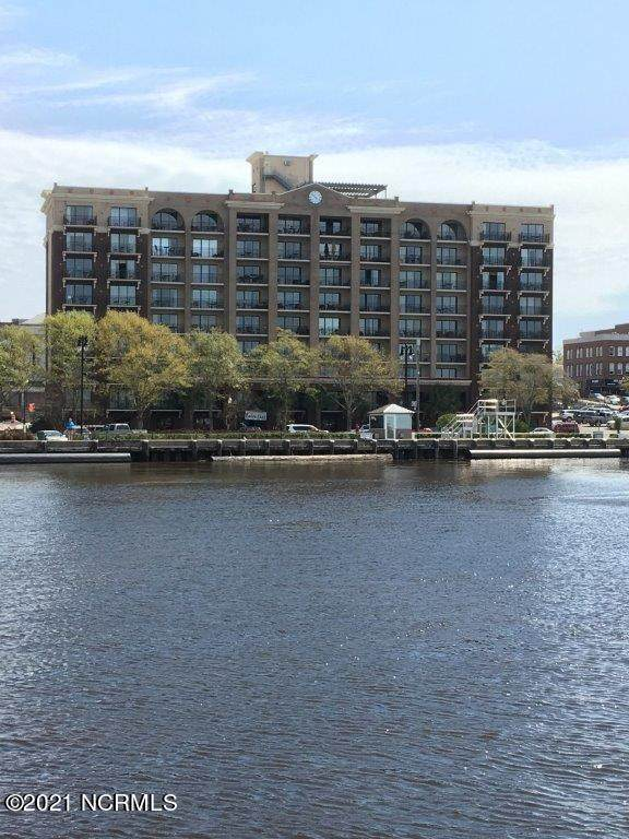 106 N Water Street #302, Wilmington, NC 28401 (MLS #100259475) :: David Cummings Real Estate Team