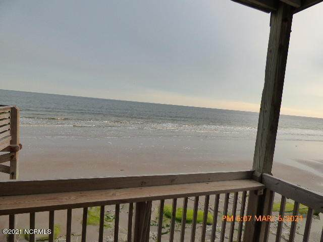 2240 New River Inlet Road #126, North Topsail Beach, NC 28460 (MLS #100259970) :: CENTURY 21 Sweyer & Associates