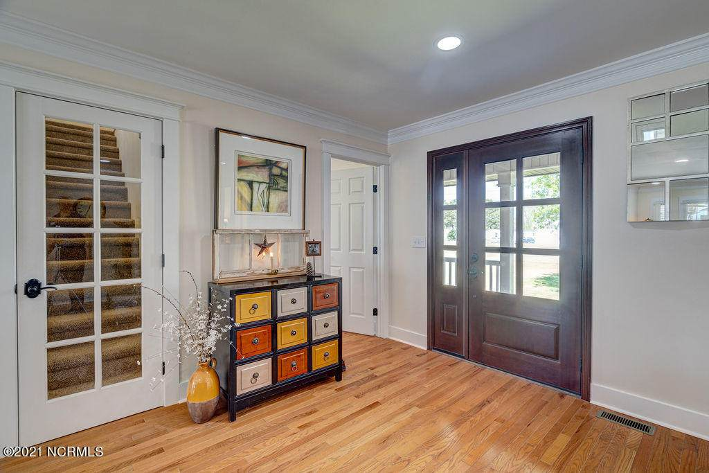 https://bt-photos.global.ssl.fastly.net/ncreg/orig_boomver_1_100265353-2.jpg
