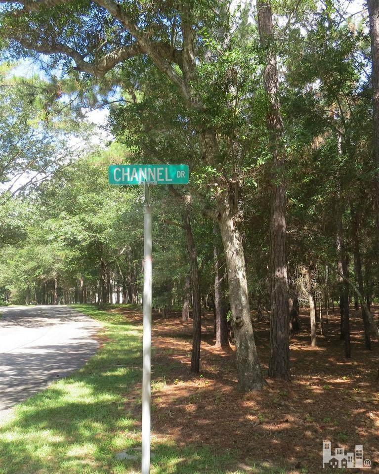 3101 Channel Drive - Photo 1