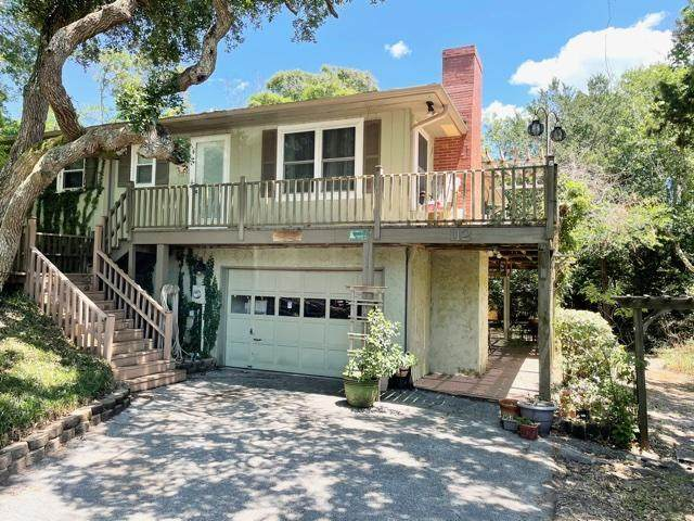 112 Sand Castle Drive, Emerald Isle, NC 28594 (MLS #100272747) :: David Cummings Real Estate Team
