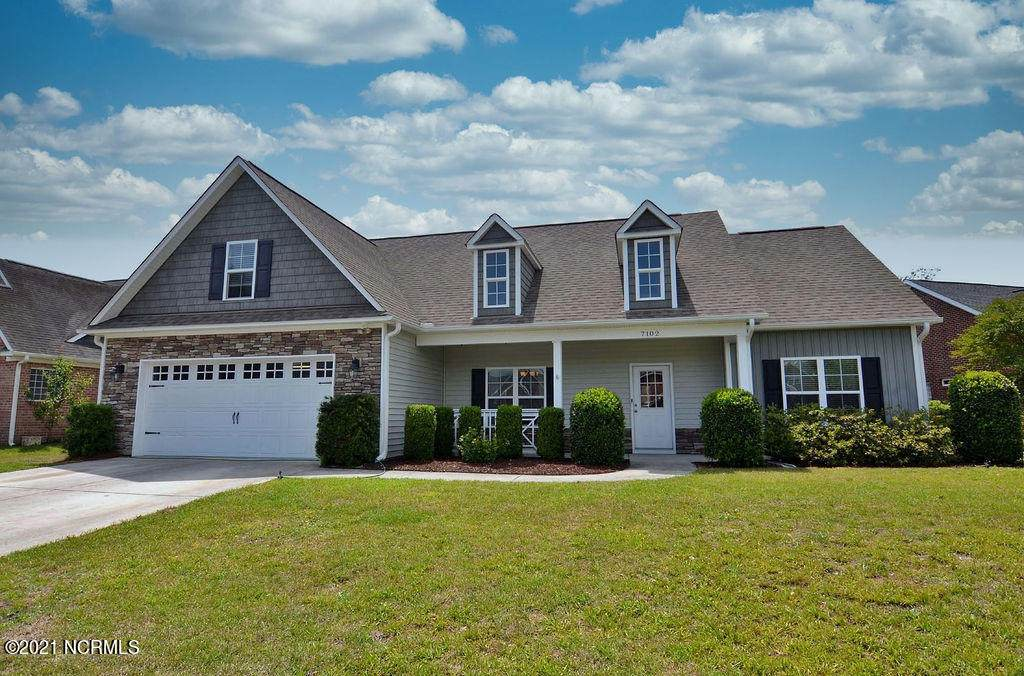 7102 Brittany Lakes Drive - Photo 1