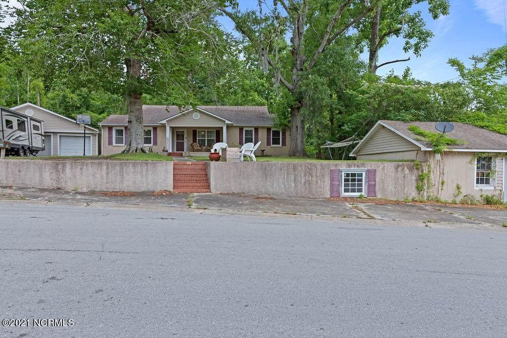 11 Dewitt Street - Photo 1