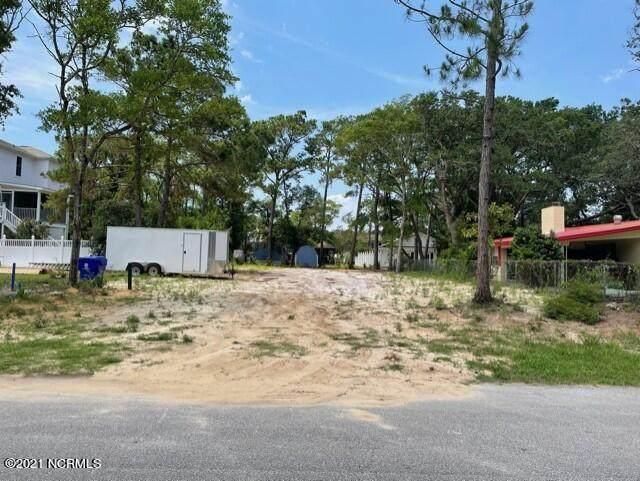 101 NE 73rd Street, Oak Island, NC 28465 (MLS #100276806) :: Courtney Carter Homes