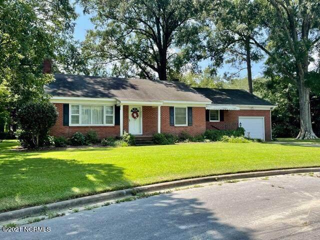 4000 Davis Circle, Farmville, NC 27828 (MLS #100287802) :: The Tingen Team- Berkshire Hathaway HomeServices Prime Properties