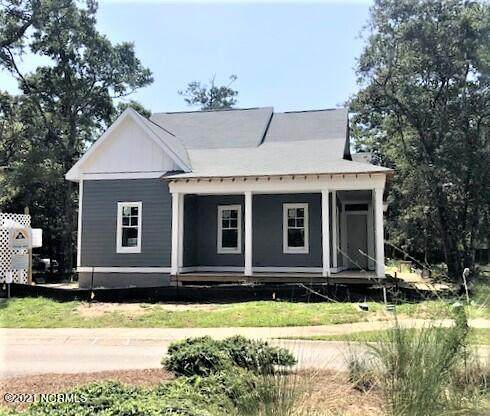 413 Fire Fly Lane, Southport, NC 28461 (MLS #100292002) :: Berkshire Hathaway HomeServices Prime Properties