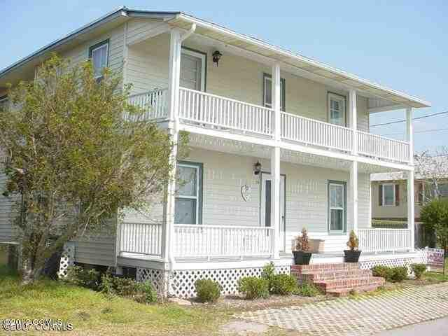 218 Elm Street S, Swansboro, NC 28584 (MLS #11402908) :: Century 21 Sweyer & Associates