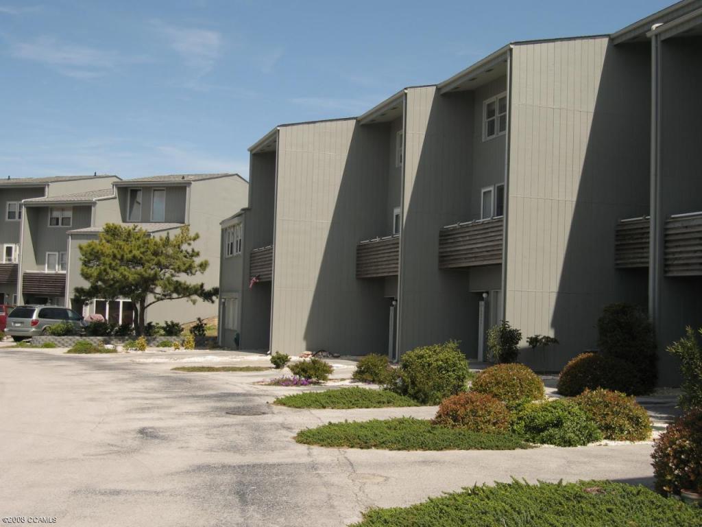 2106 East Fort Macon Road #310, Atlantic Beach, NC 28512 (MLS #11403351) :: Century 21 Sweyer & Associates