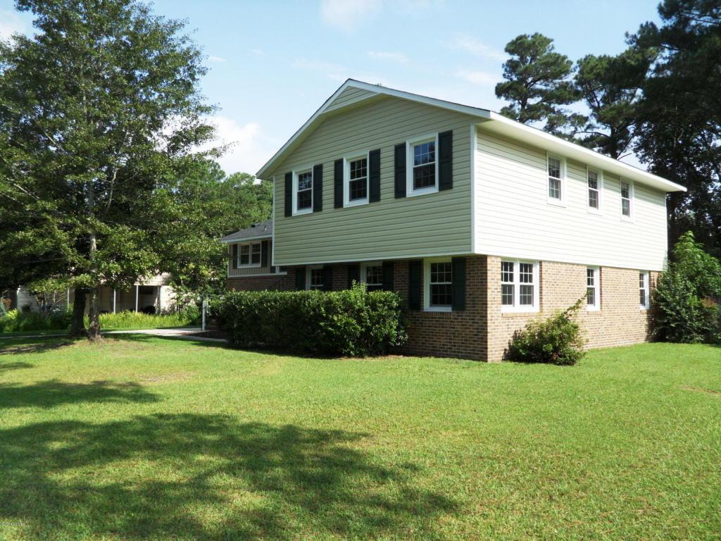 608 Shadowood Drive, Jacksonville, NC 28540 (MLS #11404419) :: Century 21 Sweyer & Associates
