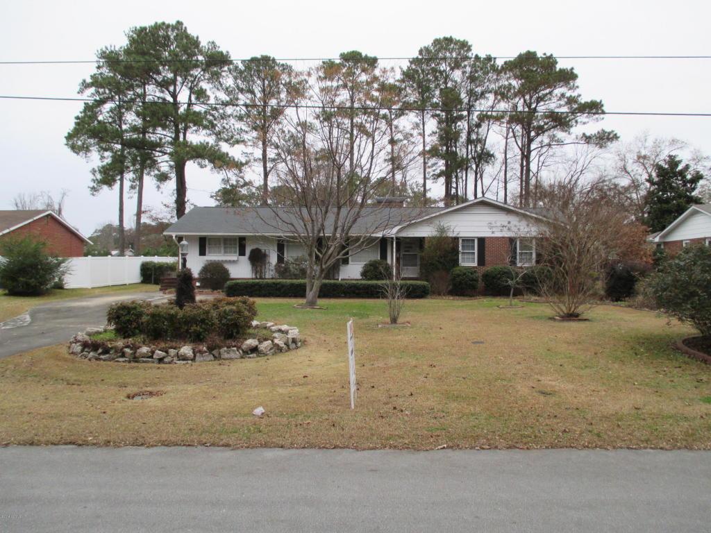 215 Country Club Drive, Jacksonville, NC 28546 (MLS #11405597) :: Century 21 Sweyer & Associates