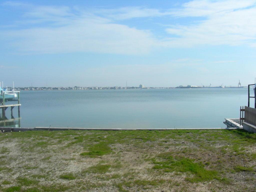 228 Bay View Boulevard, Atlantic Beach, NC 28512 (MLS #11500222) :: Century 21 Sweyer & Associates