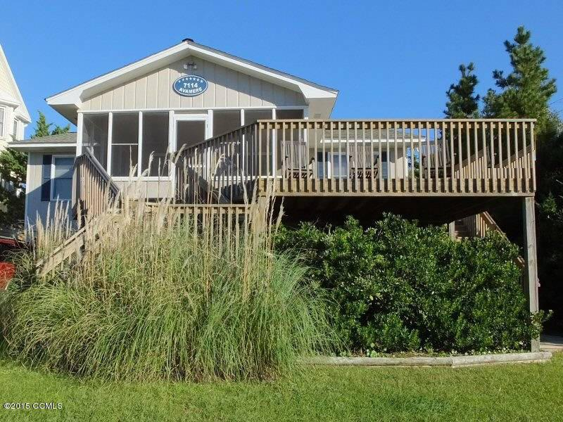 7114 Ocean Drive, Emerald Isle, NC 28594 (MLS #11504564) :: Century 21 Sweyer & Associates