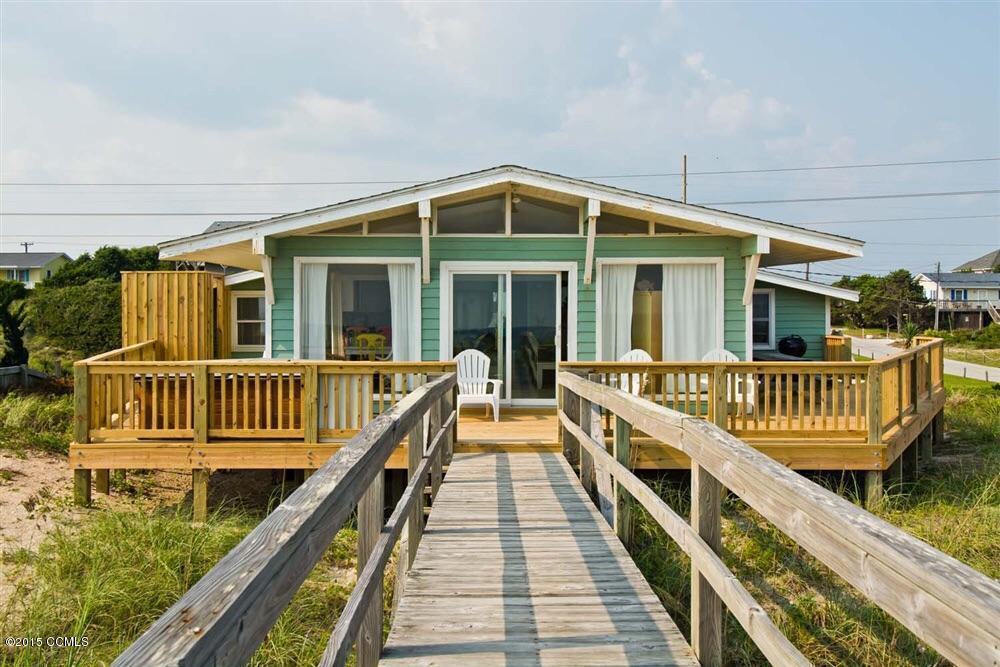 1503 Ocean Drive, Emerald Isle, NC 28594 (MLS #11504957) :: Century 21 Sweyer & Associates