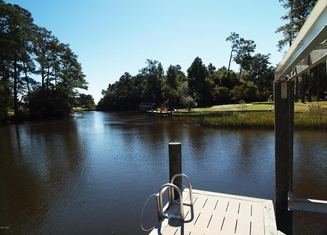 205 Bayside Drive, Cape Carteret, NC 28584 (MLS #11505021) :: Century 21 Sweyer & Associates