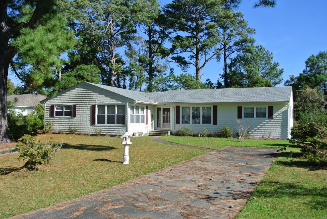 301 Sycamore Drive, Beaufort, NC 28516 (MLS #11505322) :: Century 21 Sweyer & Associates