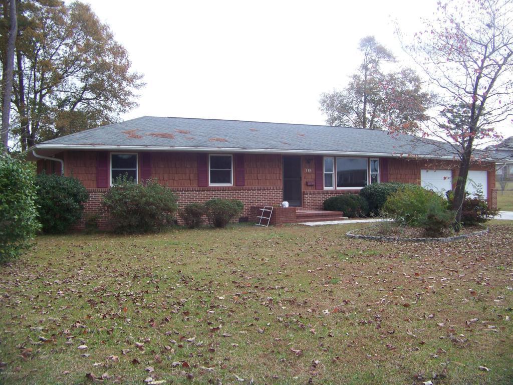 118 E East Sherwood Drive, Havelock, NC 28532 (MLS #11505674) :: Century 21 Sweyer & Associates