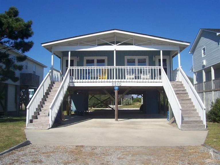 3310 W Beach Drive, Oak Island, NC 28465 (MLS #20687073) :: Century 21 Sweyer & Associates
