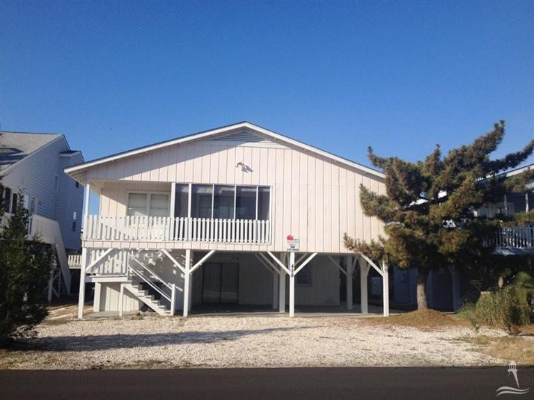428 35th Street, Sunset Beach, NC 28468 (MLS #20689457) :: Century 21 Sweyer & Associates