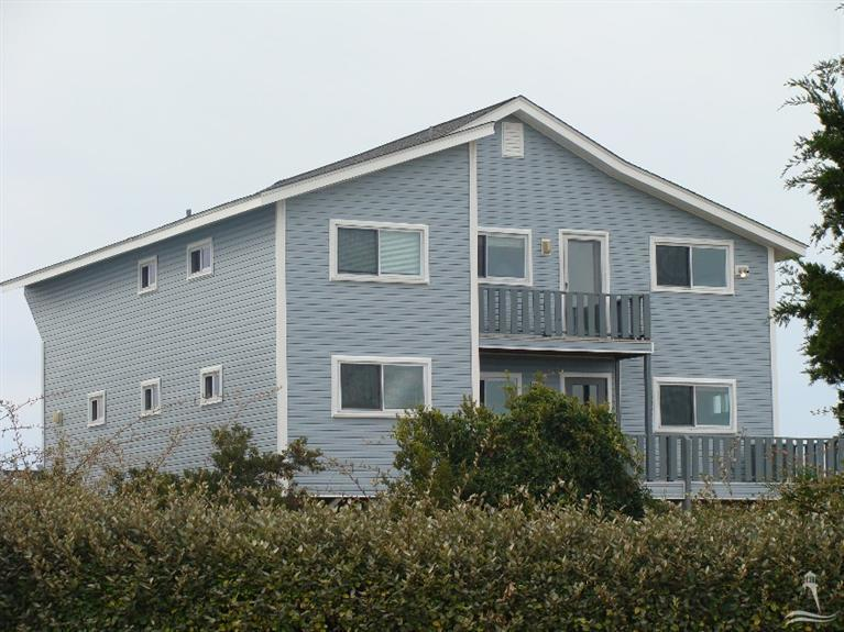 1229 Ocean Boulevard W, Holden Beach, NC 28462 (MLS #20692857) :: Century 21 Sweyer & Associates