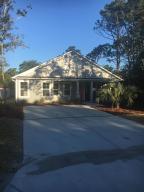 135 NE 32nd Street, Oak Island, NC 28465 (MLS #20693029) :: Century 21 Sweyer & Associates