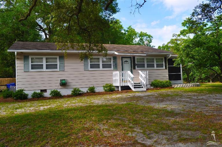 2007 W Oak Island Drive, Oak Island, NC 28465 (MLS #20693205) :: Century 21 Sweyer & Associates