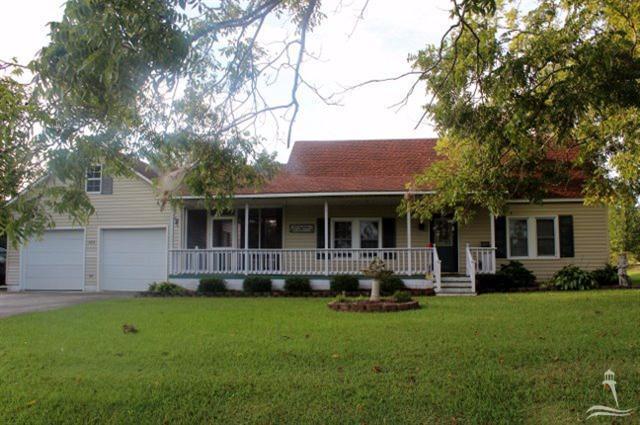 725 Washington Street, Whiteville, NC 28472 (MLS #20695966) :: Century 21 Sweyer & Associates