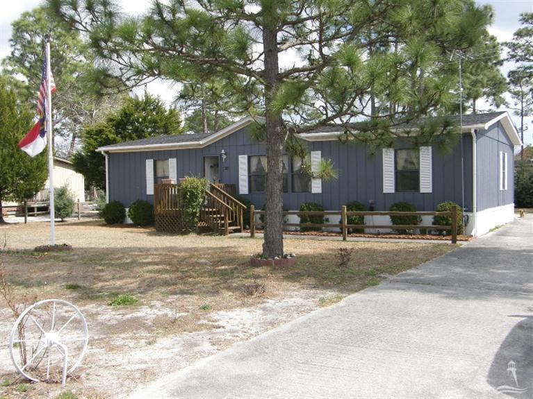 4746 West Trace Drive, Southport, NC 28461 (MLS #20696756) :: Century 21 Sweyer & Associates