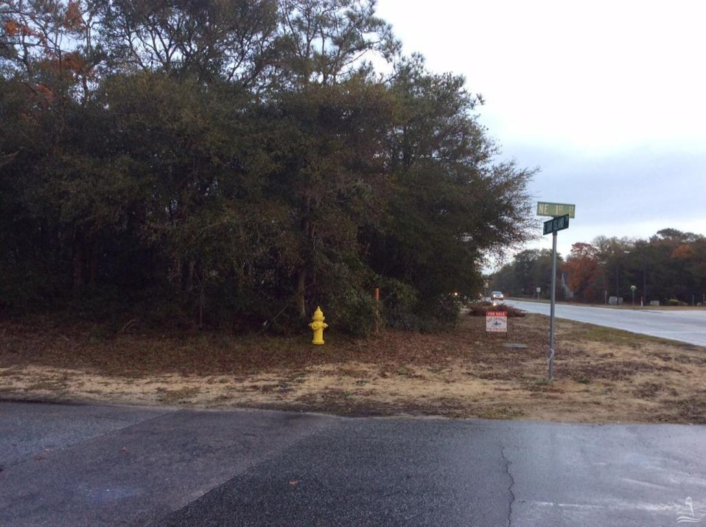 102 E Oak Island Drive, Oak Island, NC 28465 (MLS #20698537) :: Century 21 Sweyer & Associates