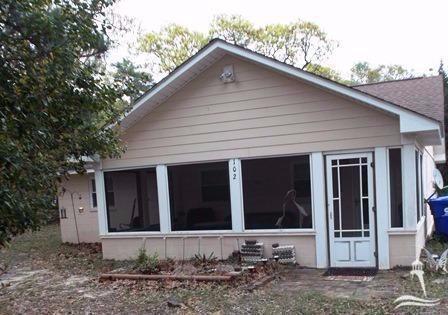 102 NE 6th Street, Oak Island, NC 28465 (MLS #20698764) :: Century 21 Sweyer & Associates