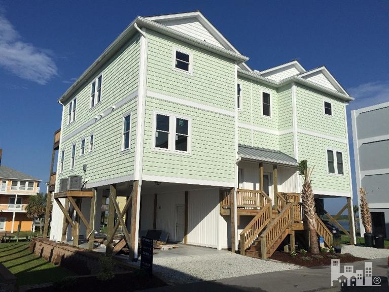 965 Tower Court A, Topsail Beach, NC 28445 (MLS #30499384) :: Century 21 Sweyer & Associates