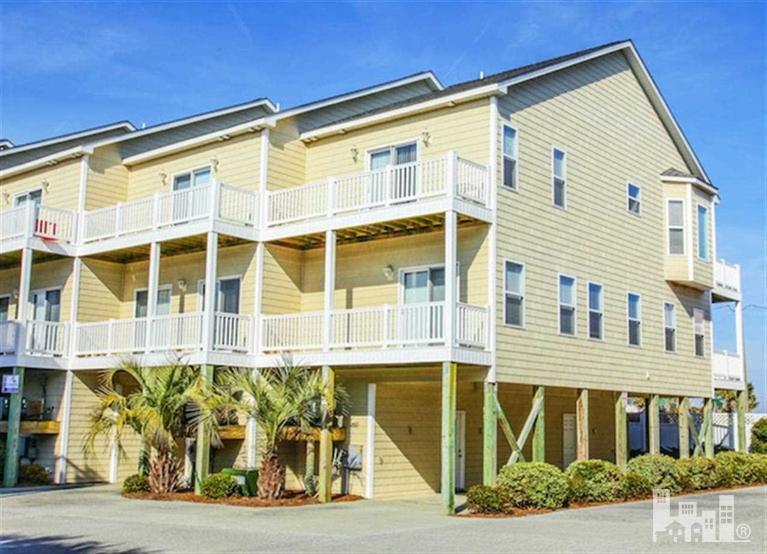 402 Sea Star Circle, Surf City, NC 28445 (MLS #30513032) :: Century 21 Sweyer & Associates