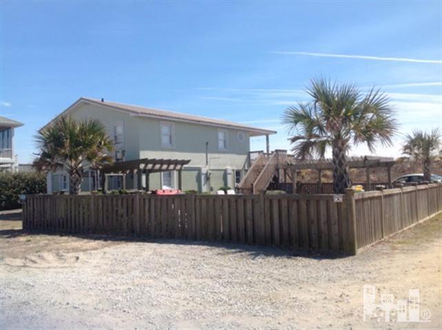 3658 Island Drive, North Topsail Beach, NC 28460 (MLS #30519331) :: Century 21 Sweyer & Associates