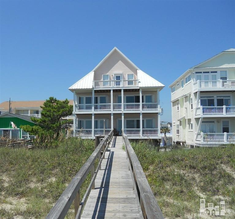 1003 S Carolina Beach Avenue, Carolina Beach, NC 28428 (MLS #30520031) :: Century 21 Sweyer & Associates