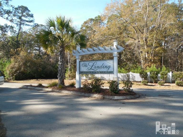 7722 Compass Point, Wilmington, NC 28409 (MLS #30526658) :: Century 21 Sweyer & Associates