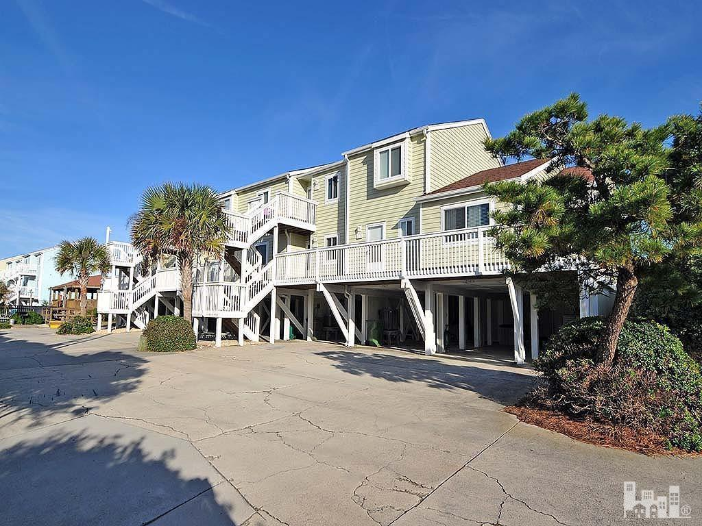 1100 S Fort Fisher Blvd #504, Kure Beach, NC 28449 (MLS #30530820) :: Century 21 Sweyer & Associates