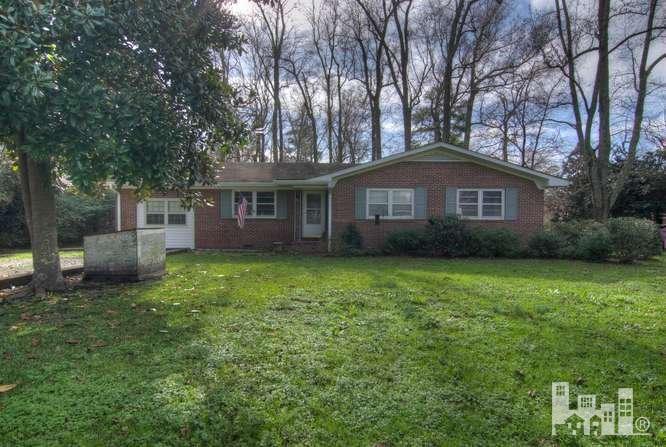 226 Pilgrim Circle, Wilmington, NC 28401 (MLS #30531627) :: Century 21 Sweyer & Associates