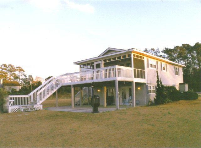 171 Hall Point Road, Sneads Ferry, NC 28460 (MLS #40094191) :: Century 21 Sweyer & Associates