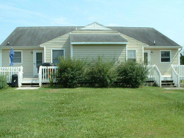 200 &202 Lakeside Drive, Sneads Ferry, NC 28460 (MLS #40203468) :: Century 21 Sweyer & Associates