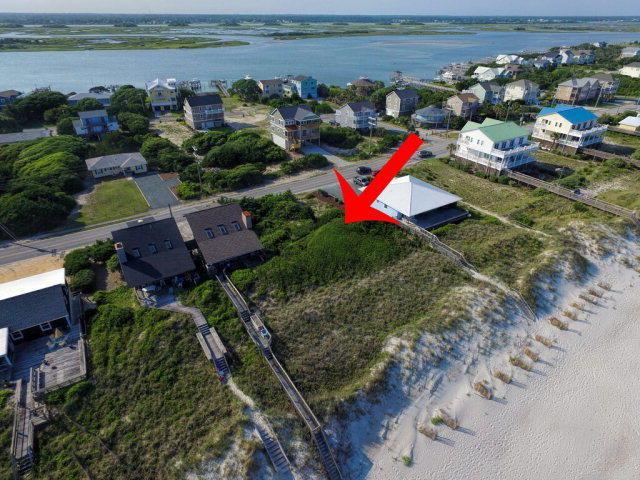 123 S Anderson Boulevard, Topsail Beach, NC 28445 (MLS #40206115) :: Century 21 Sweyer & Associates