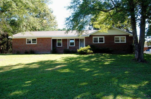 327 New Grant Circle, Sneads Ferry, NC 28460 (MLS #40206790) :: Century 21 Sweyer & Associates