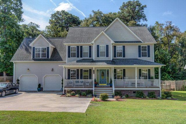 331 Osprey Point Drive, Sneads Ferry, NC 28460 (MLS #40207486) :: Century 21 Sweyer & Associates