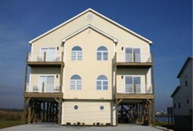 1743 New River Inlet Road, North Topsail Beach, NC 28460 (MLS #40207498) :: Century 21 Sweyer & Associates
