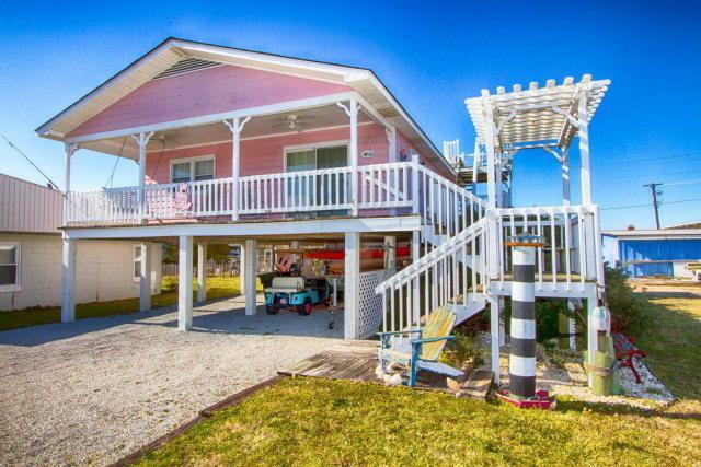 708 Carolina Boulevard, Topsail Beach, NC 28445 (MLS #40207659) :: Century 21 Sweyer & Associates