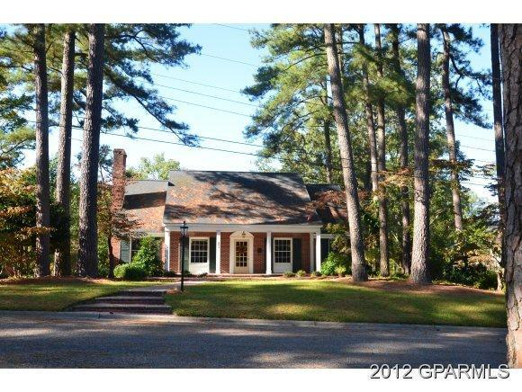 401 E Liberty Street, Williamston, NC 27892 (MLS #50106880) :: Century 21 Sweyer & Associates