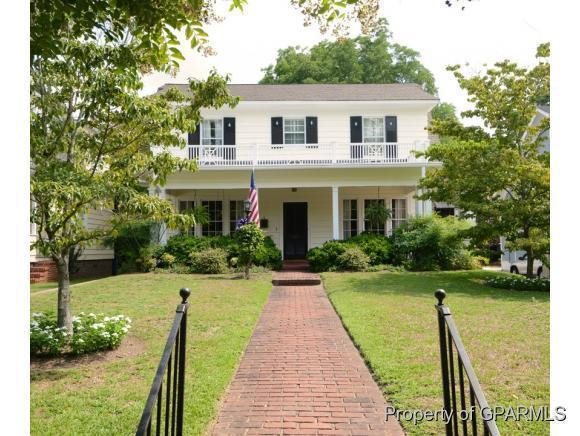722 Main Street W, Washington, NC 27889 (MLS #50120461) :: Century 21 Sweyer & Associates