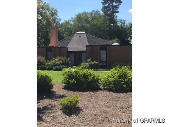 1900 Pawnee Drive, Kinston, NC 28504 (MLS #50120750) :: Century 21 Sweyer & Associates